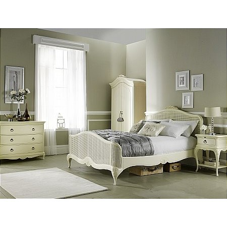 Willis And Gambier - Ivory Bedroom